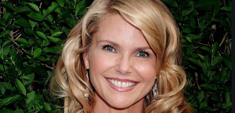 Smile Arc | Christie Brinkley | Age 33